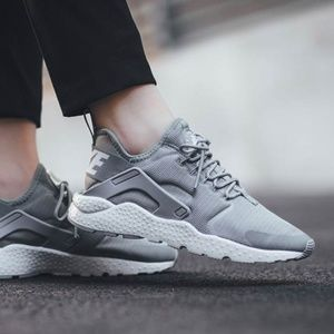 Nike Air Huarache Run Ultra Cool Grey Summit